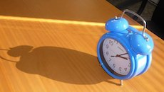 blue-morning-alarm-clock-4